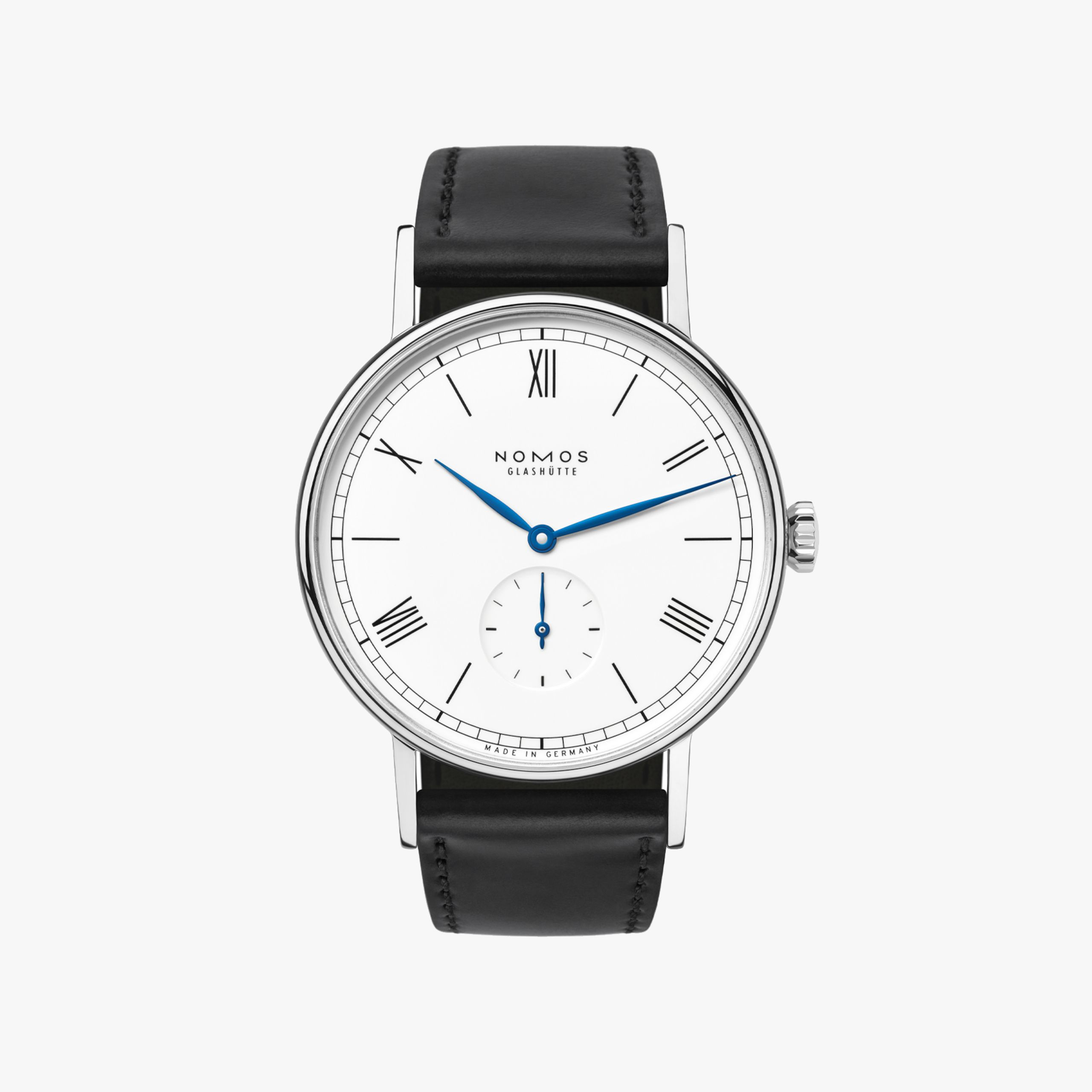 https://cdn.nomos-glashuette.com/media/image/0f/95/a0/2560xauto-q80-bg238238238/0205_s2_ludwig_175_years_watchmaking_gh_2d_front-masked.jpg