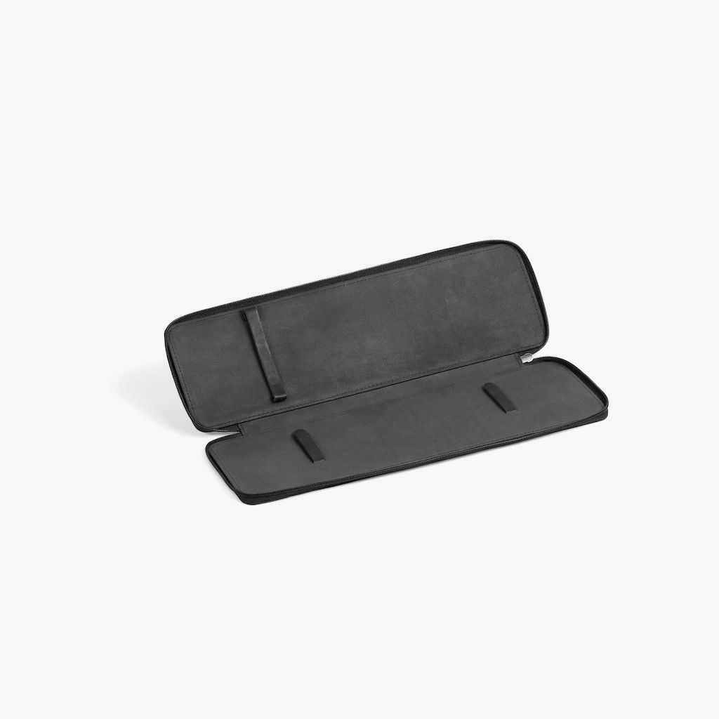 quality design bd350 e1d46 Travel case black